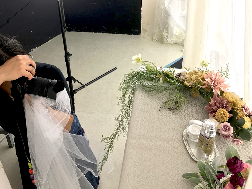 サロン専売化粧品デュコラ商品撮影の様子