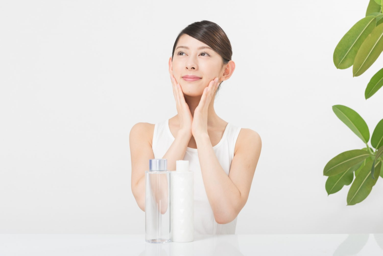 サロン専売デュコラ化粧品のエッセンスローションがどの肌質の方にもオススメな理由